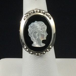 Jewelry - Onyx & mother of pearl cameo ring, sterling silver